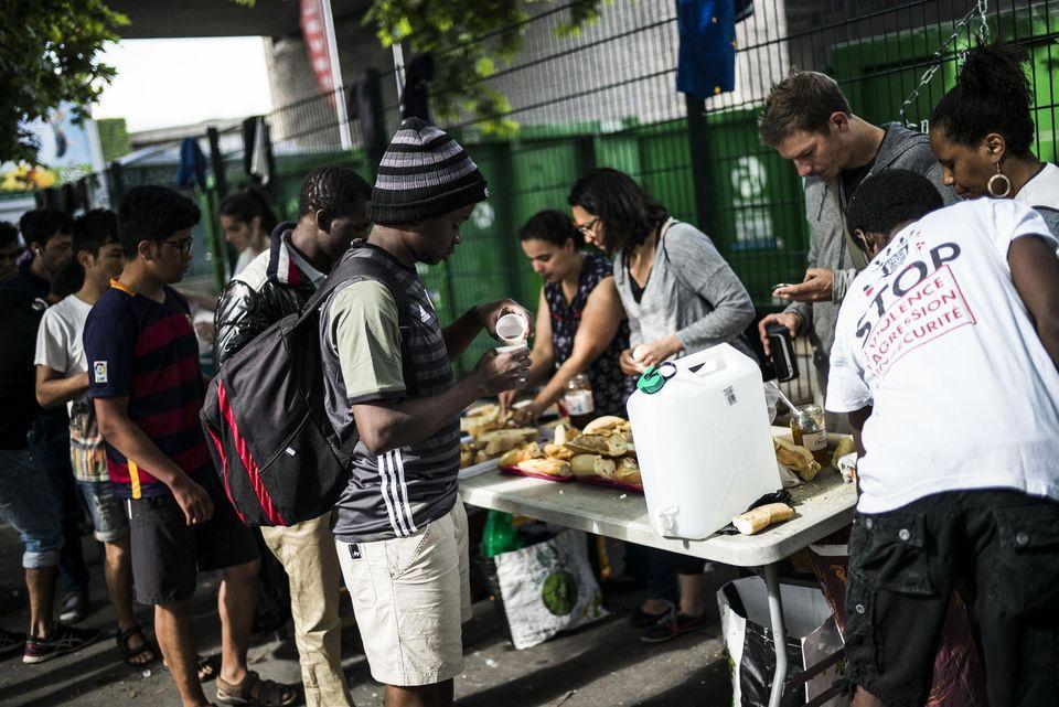 France terre d 39 asile - Port de la chapelle paris ...